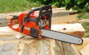 Tips Safety With Chainsaw