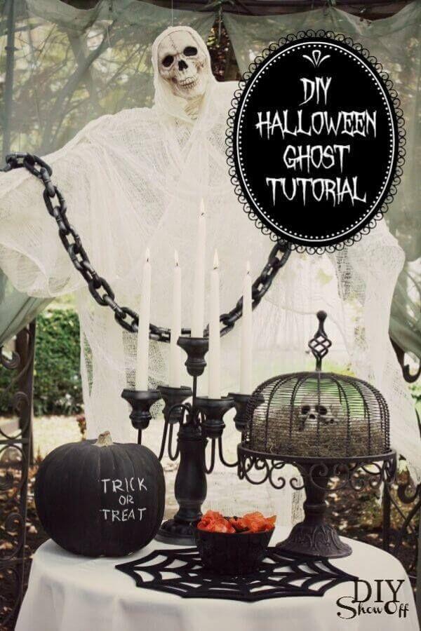 Chicken Wire Cheesecloth Halloween Ghost Host