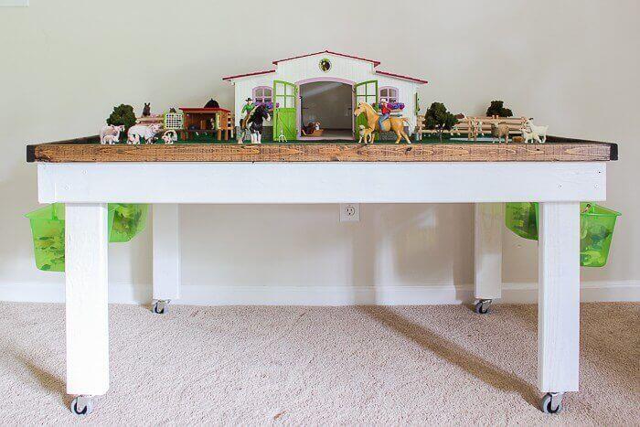 DIY Kids' Playing Table