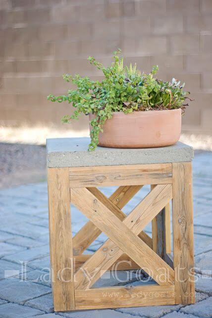 DIY X-Stool Or Table