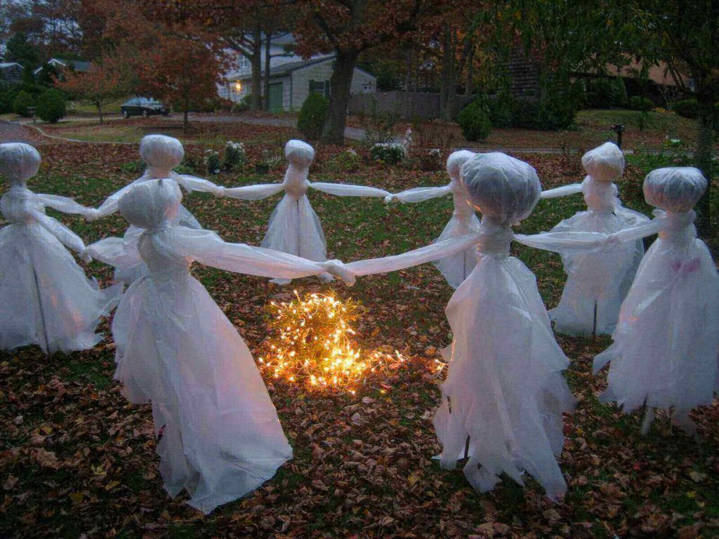 Lawn Ghosts