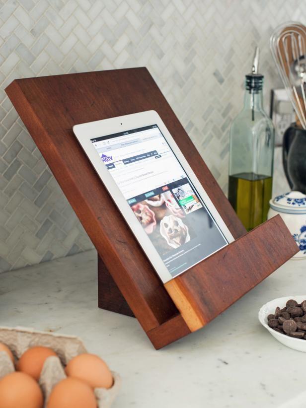 Modern Tablet or Cookbook Stand
