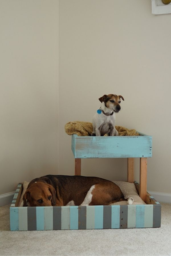 Shipping Pallet Dog Bed