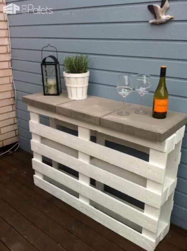 Easy Pallet Outdoor Bar