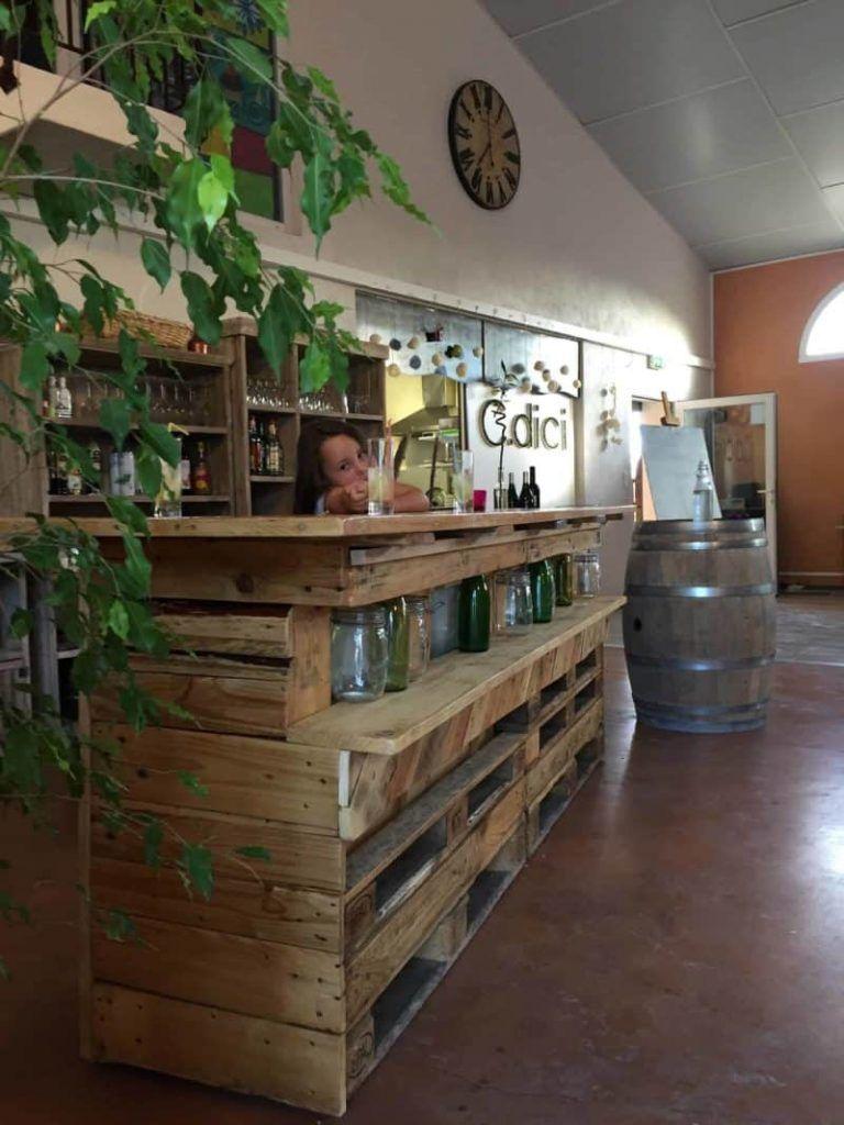 Led-Lit Pallet Bar