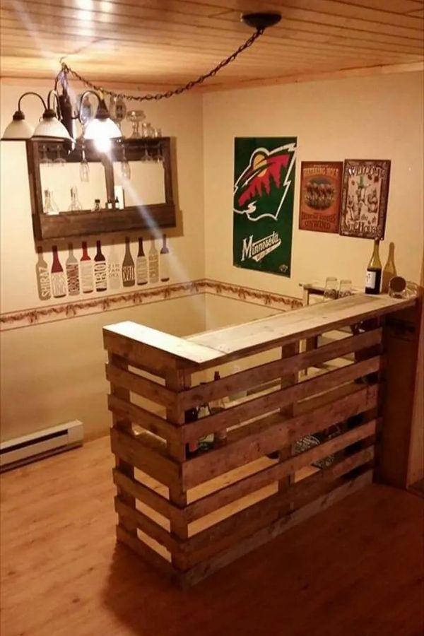 Wooden Pallet Bar - 99 Pallets