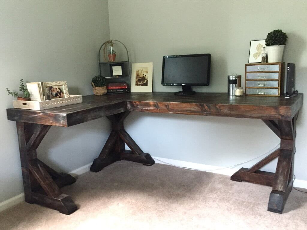 DIY Corner Desk - Little Home Happiness