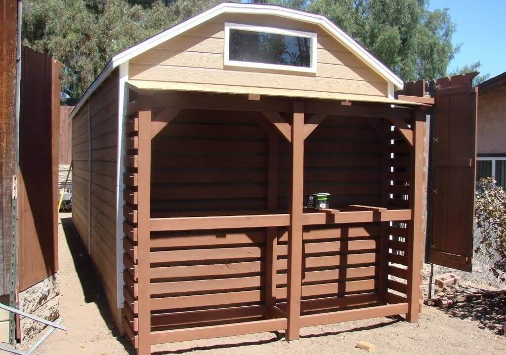DIY Pallet Shed - BuzzNicked