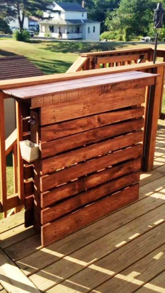 Easy Made Pallet Bar Table