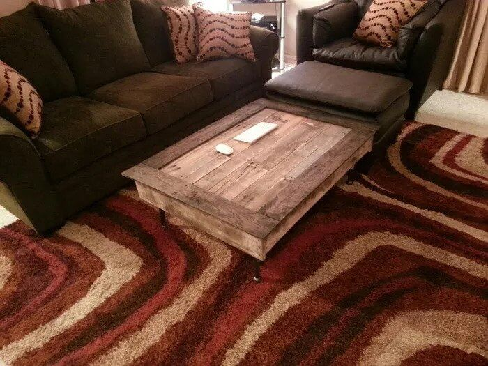 Low And Compact Pallet Coffee Table
