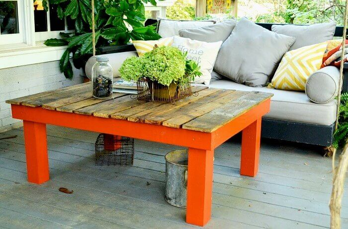 Outdoor Basic Pallet Board Coffee Table
