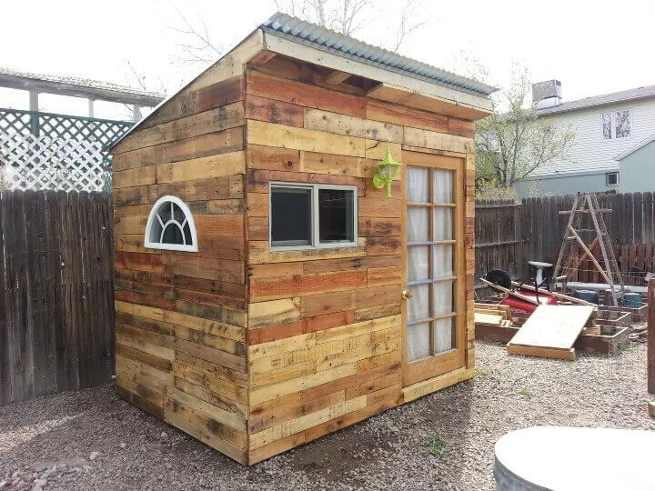 Playhouse Pallet Shed
