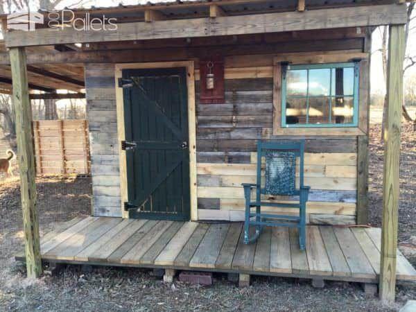 Reclaimed Lumber Off Grid Cabin