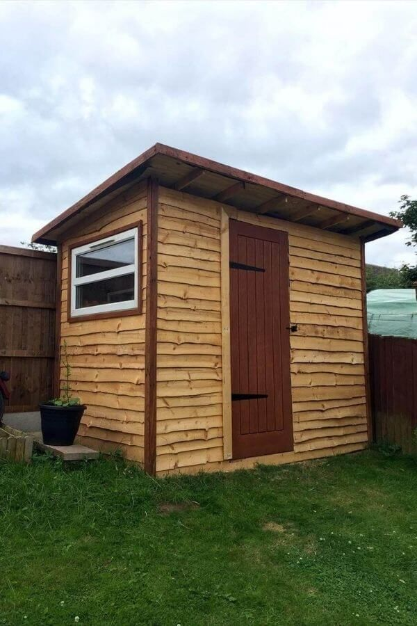 Rustic Lean To Pallet Shed