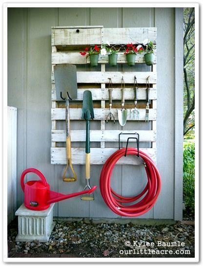 Creative Pallet Gardening Shelf