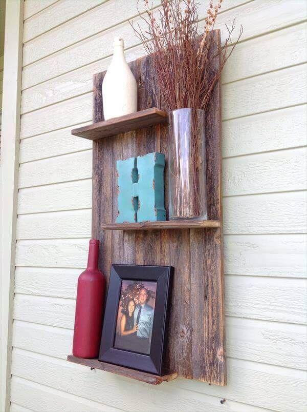 DIY Pallet Rustic Wall Shelf