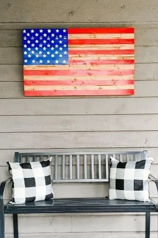 DIY Wooden American Flag For All Year Long