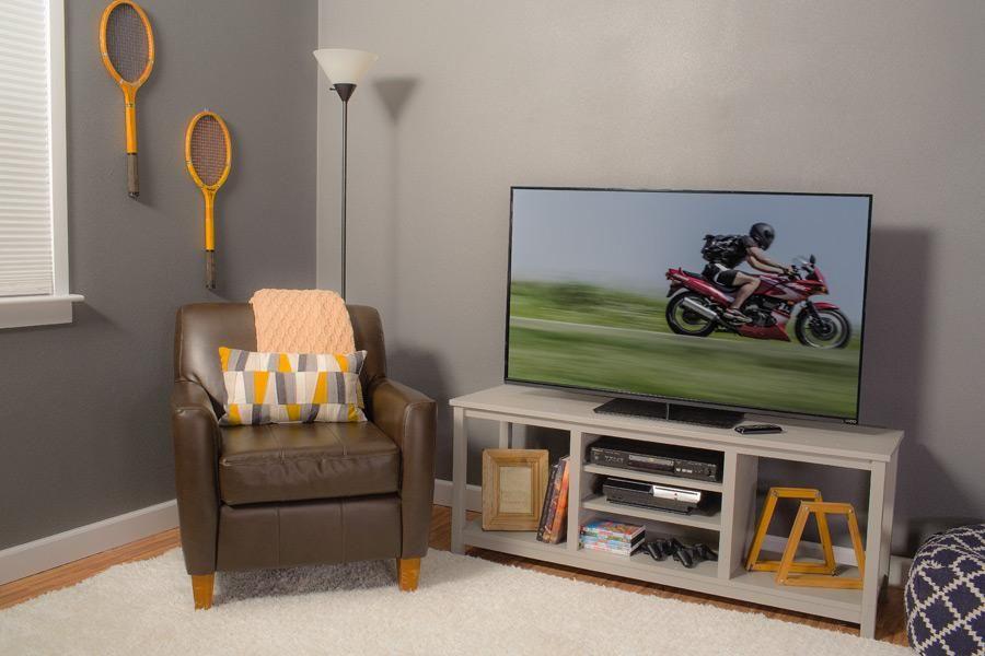 Kreg's Easy DIY TV Stand