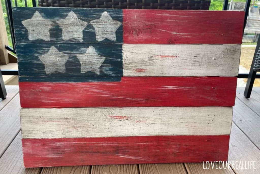 Rustic 5-Star American Flag For Patriotic Holiday