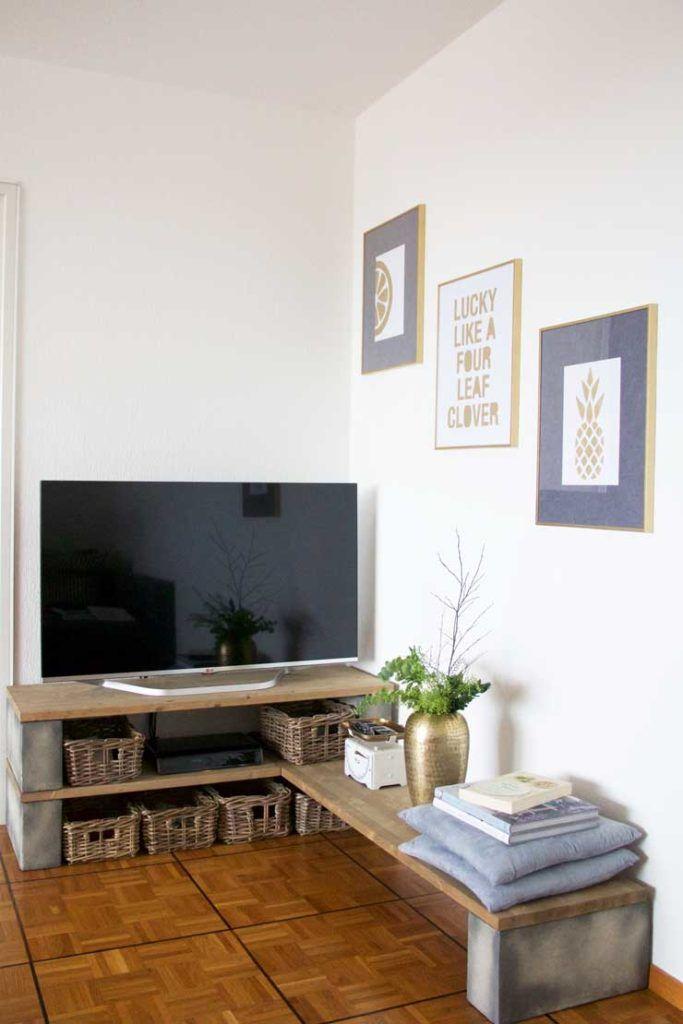 Sofia Clara's DIY TV Stand