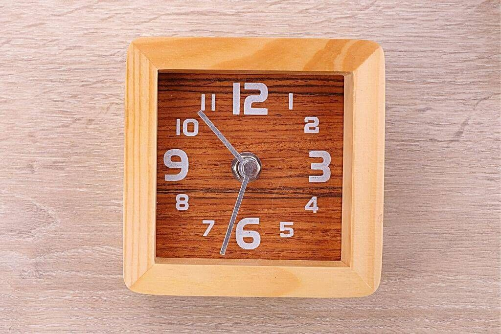 30 DIY Wood Clock Plans You Can Build Today